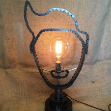 Cyclops Johnny Chain Lamp